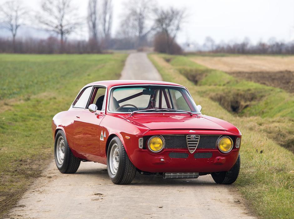10 flawless photos of a 1965 alfa romeo giulia sprint gta alfa romeo alfa romeo giulia alfa romeo cars alfa romeo giulia alfa romeo cars