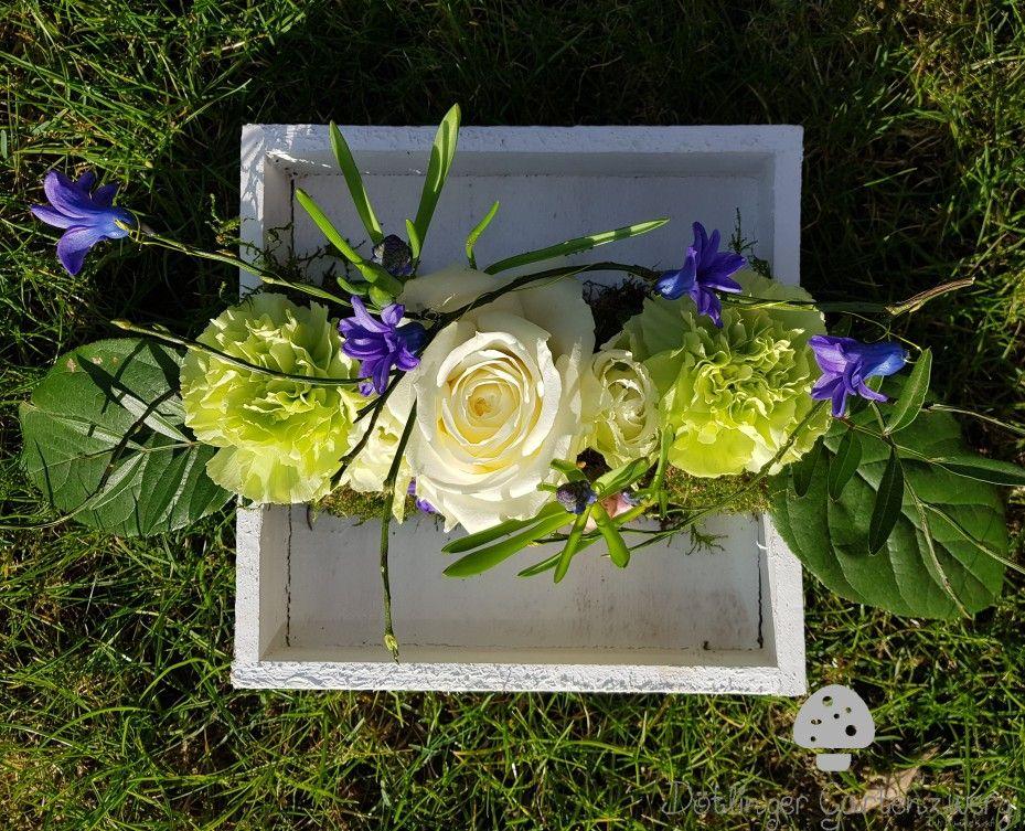 Tischdeko Blau Grun Creme Gesteck Blumengesteck Hochzeit