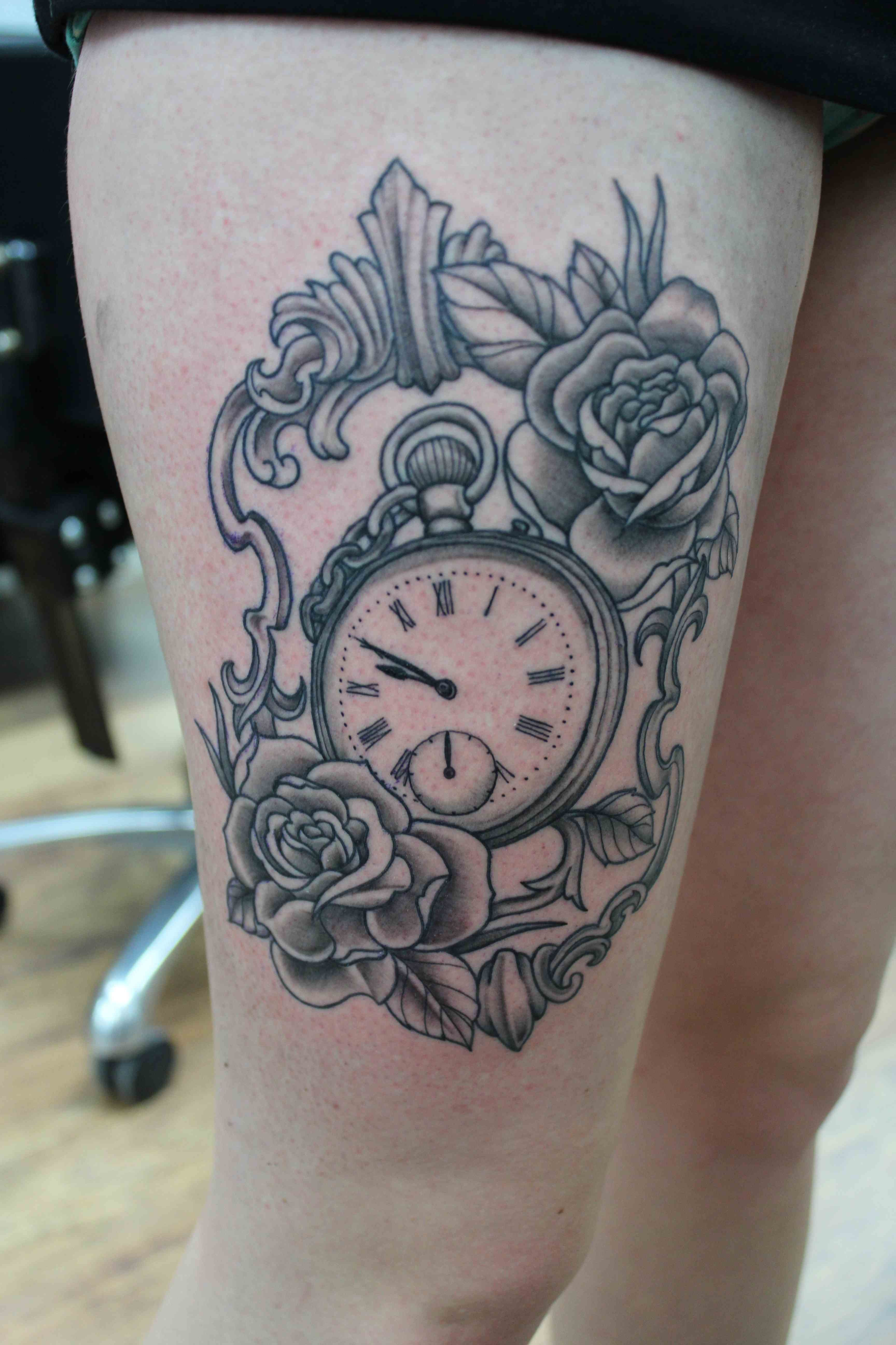 Broken Pocket Watch Tattoo Design Broken Pocket Watch Ta...