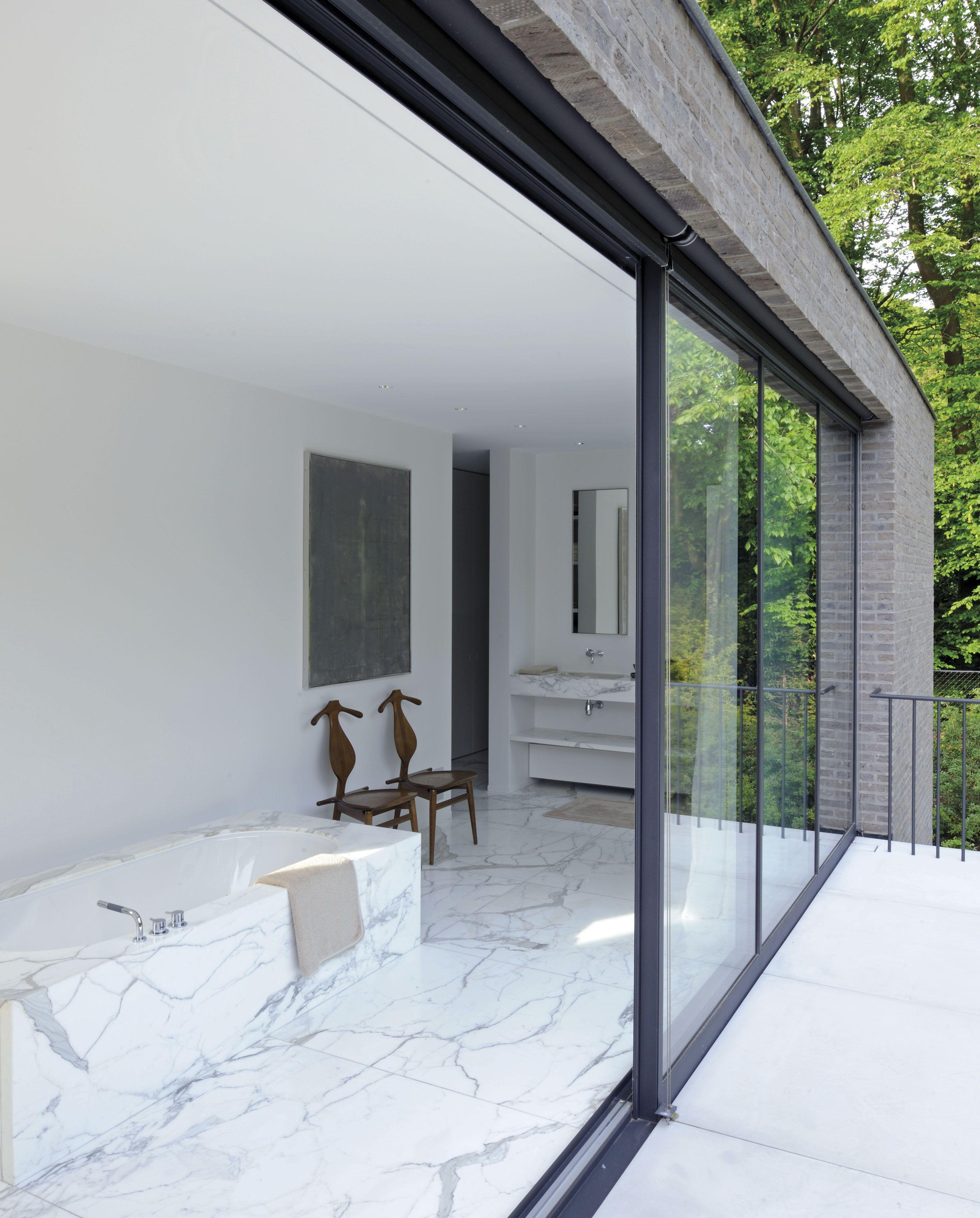 jv n55 la salle de bain nappe de marbre calacatta pos avec un - Valet De Salle De Bain