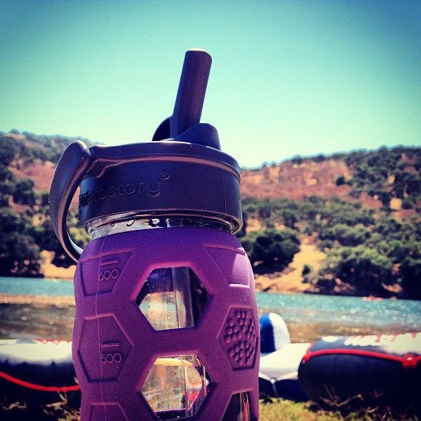 Lake day! #tubing #summer #lake #strawcap #GoGlass #BPAfree #Lifefactory