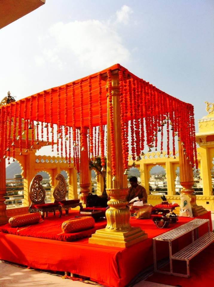 Plan your dream wedding here in Udaipur at Chunda Palace