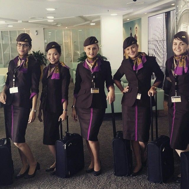 Etihad Airways stewardess crewfie @asmaa.toufik   Etihad Beauties ...