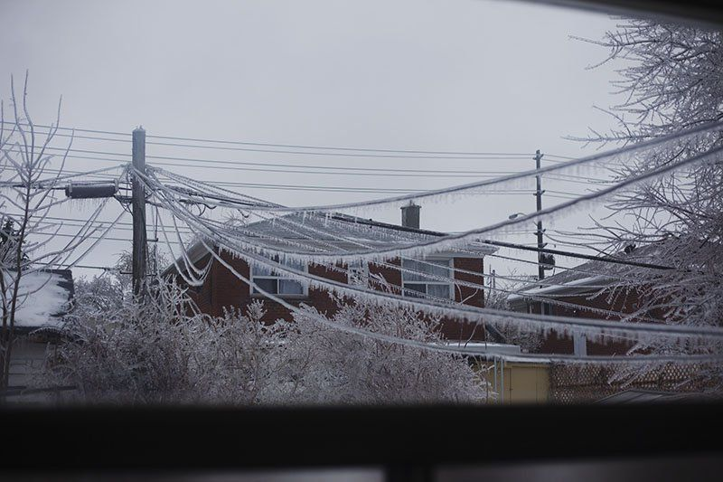 Electrical grid down no power in a canadian winter