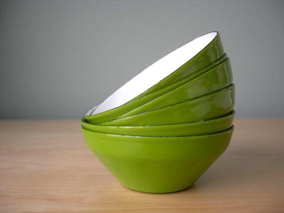 Enamel Bowls Made in Japan by Styson
