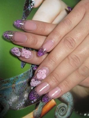 3D Flowers Fabulous Nail Art Designs