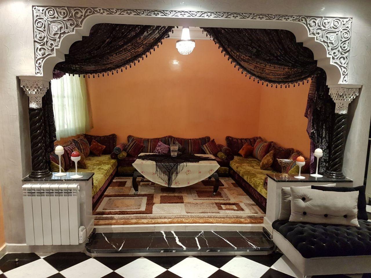 A Vendre Appartement Sur Casablanca Rue Fourat 4 étage Avec Ascenceur Immeuble Sécurisé D Un Superficie 120 Décoration Maison Vendre Appartement Salon Marocain