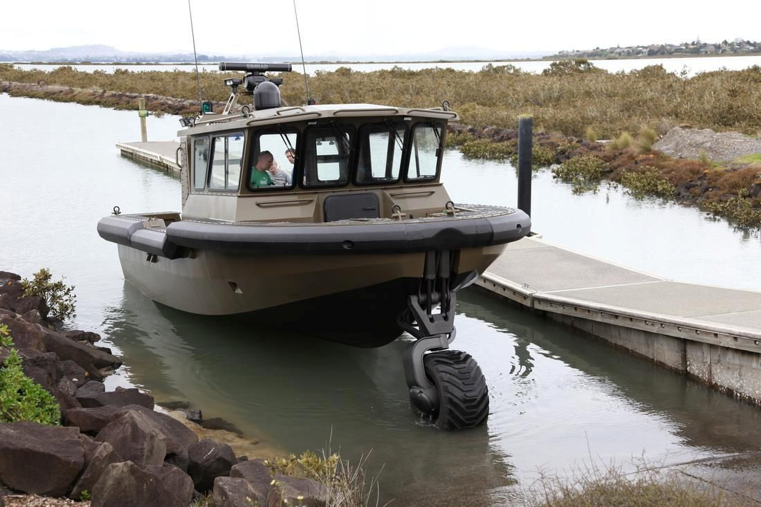 The new #SLG-110 #amphibiousSystem developed by #Sealegs that was launched last week at the #aucklandonwater #boatshow in #NewZealand is available now on all #ASISBoats size #8m-12m.  This system was developed by Sealegs after the success of the SLG-60, the amphibious system used for all boats up to 8m.  http://asisboats.com/recreational-boats/amphibious