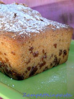Plum cake agli amaretti