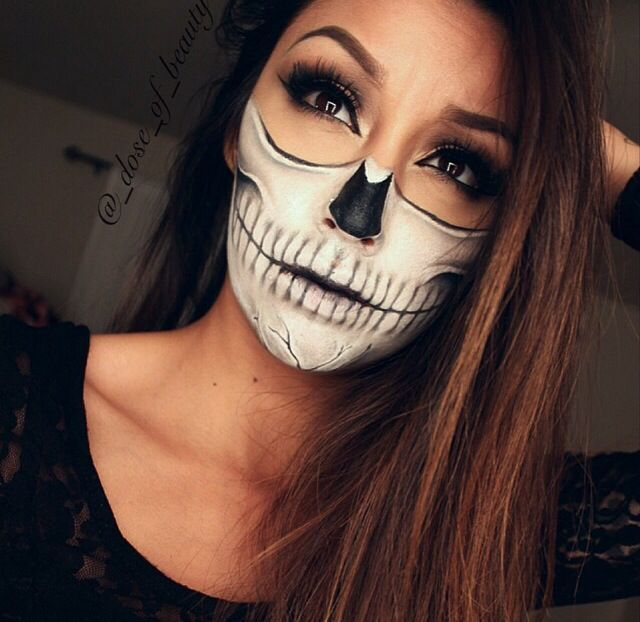 half skull face halloween makeup see more skeleton half mask - Skull Face Painting Ideas For Halloween