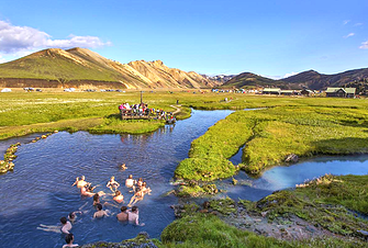 Landmannalaugar Tours – roundtrip day from Reykjavik includes volcano viewing and hiking