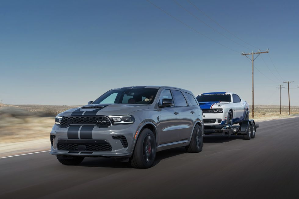 710 Hp 2021 Dodge Durango Srt Hellcat Is Coming For One Year Only Dodge Durango Durango Hellcat Srt Hellcat