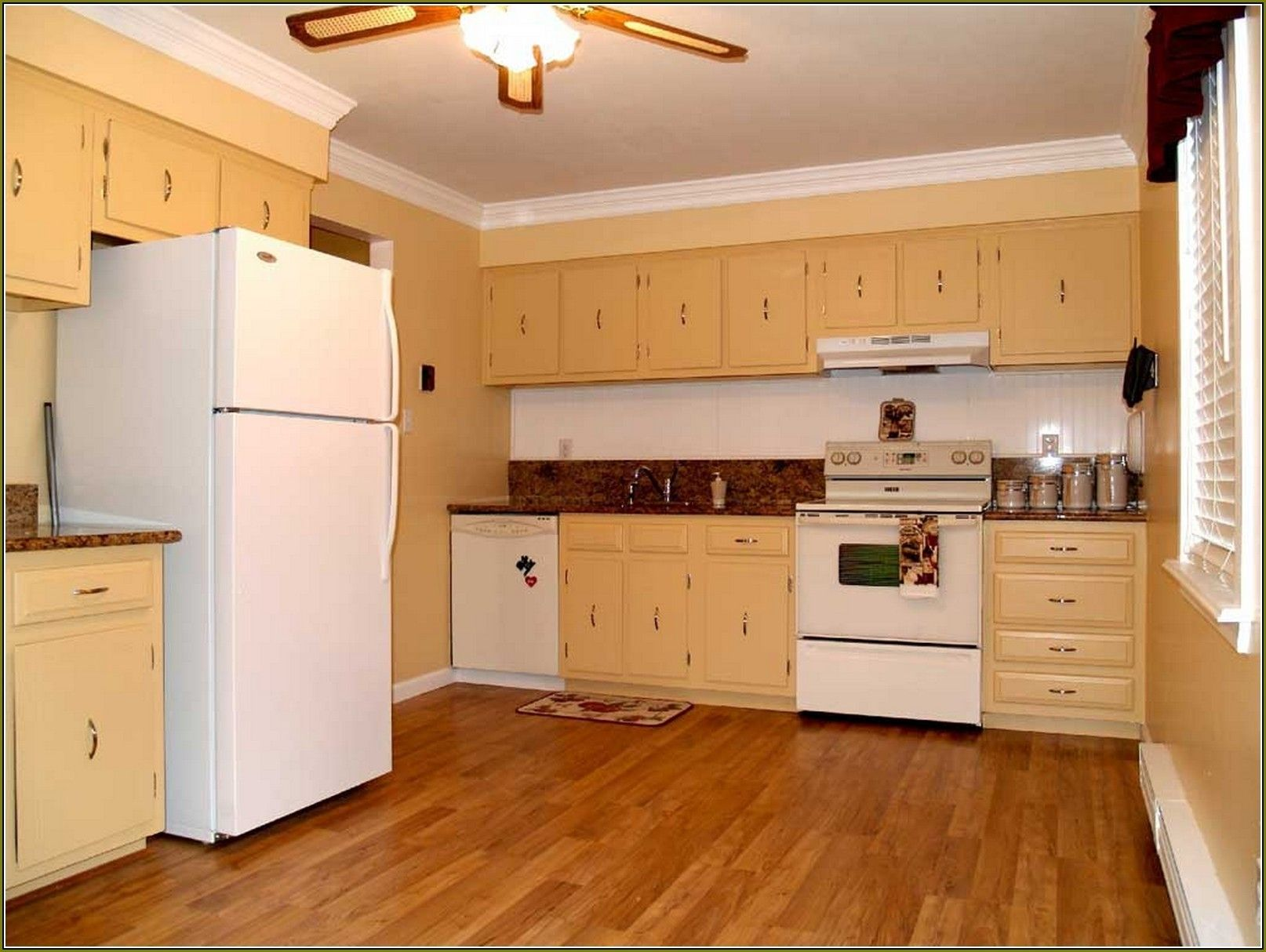 Best Plywood For Kitchen Cabinet Doors   http://betdaffaires.com ...