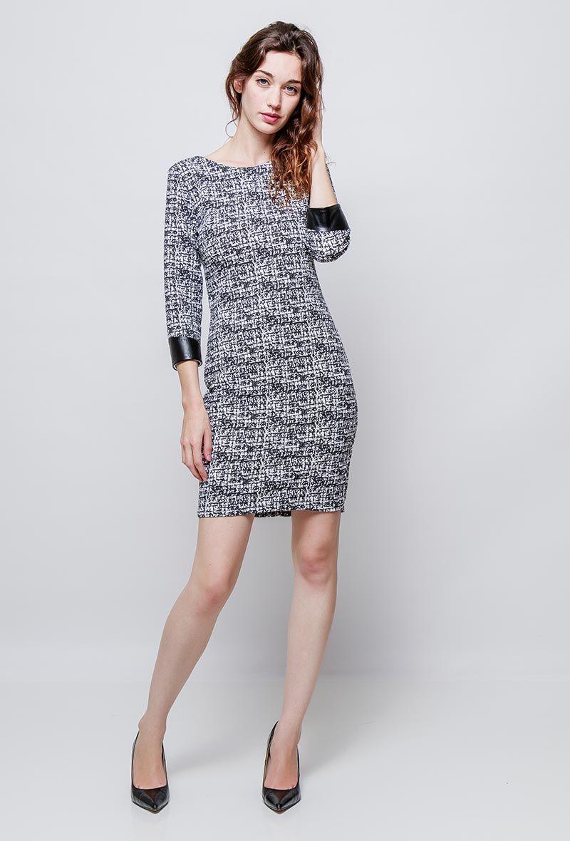 ab354bdfc2e7e robe à motifs de Marie June est vendu sur la boutique L Etoile Rose dans