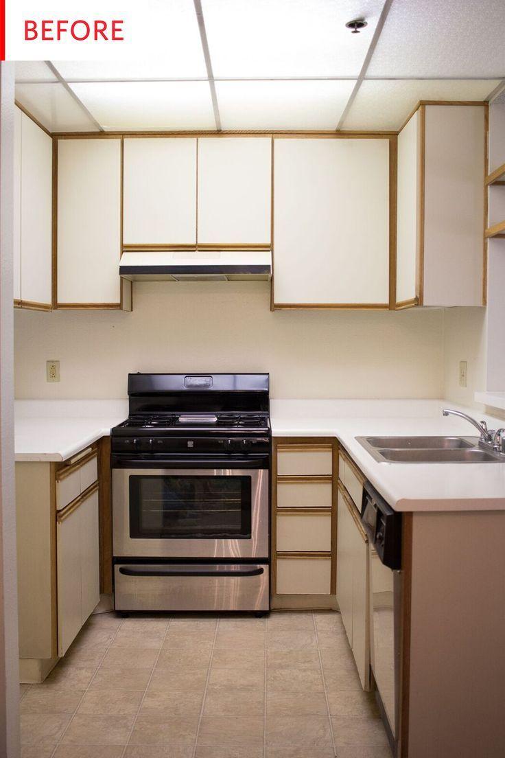 This Rental Kitchen Got a No-Reno Makeover — No Paintbrushes or Power Tools! #apartmentkitchen