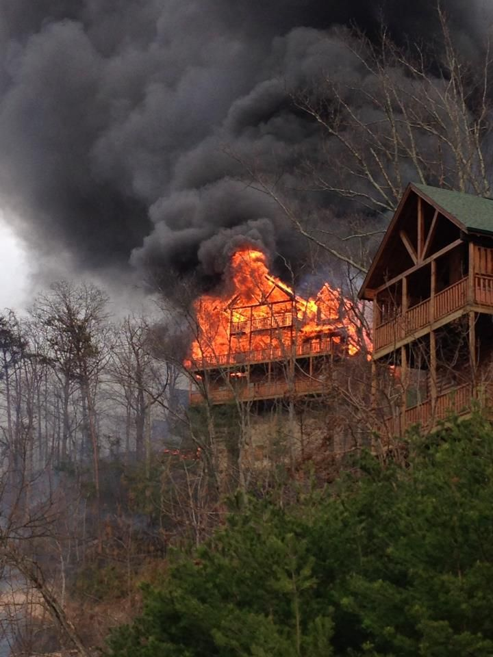 Pigeon Forge Fire - Cabins on Fire in Pigeon Forge TN | Gatlinburg fire,  Gatlinburg tennessee, Great smoky mountains national park