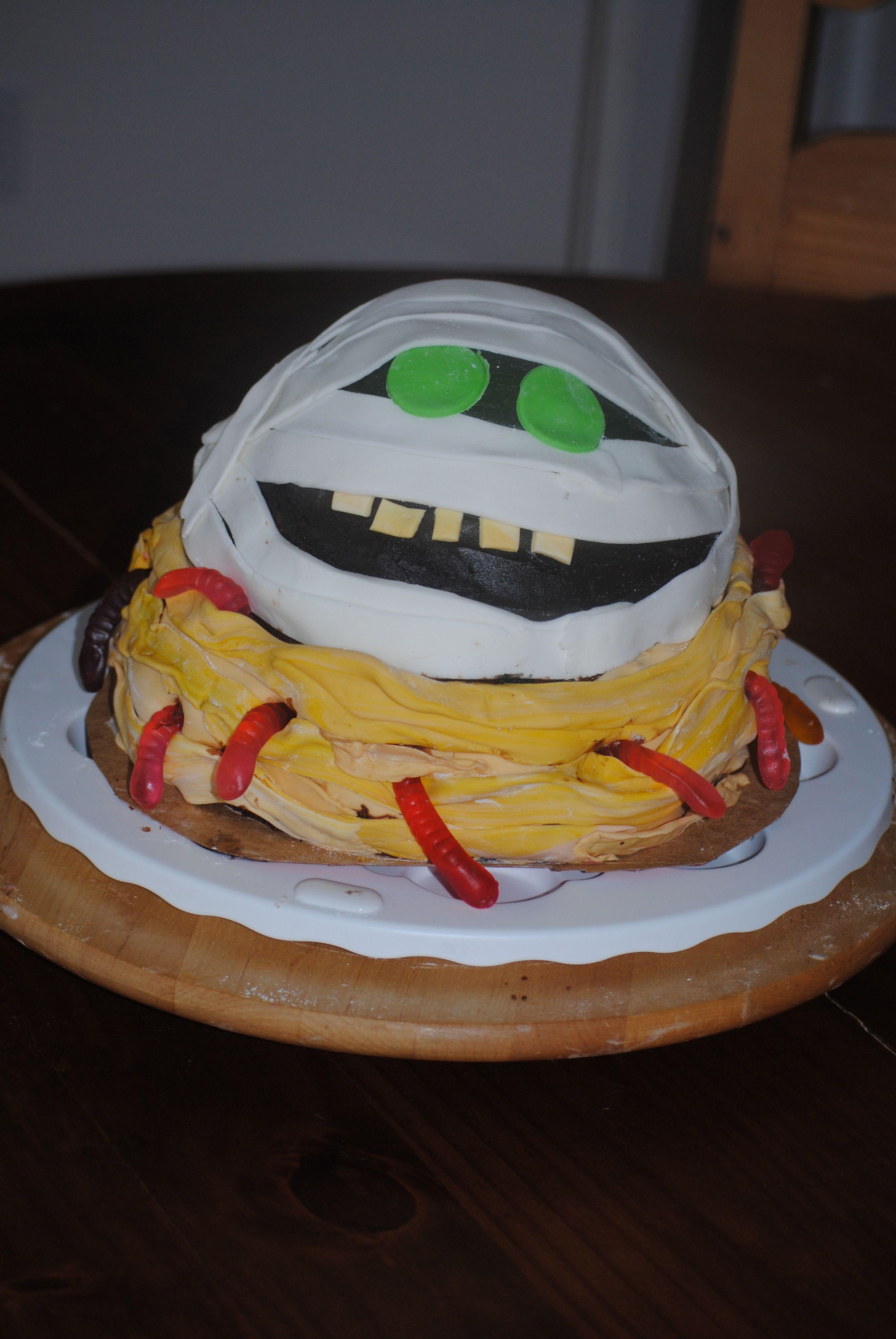 Hotel Transylvania Cake Love