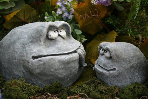 Items similar to Funny Garden Rock Face Heads - Concrete Garden Decor on Etsy