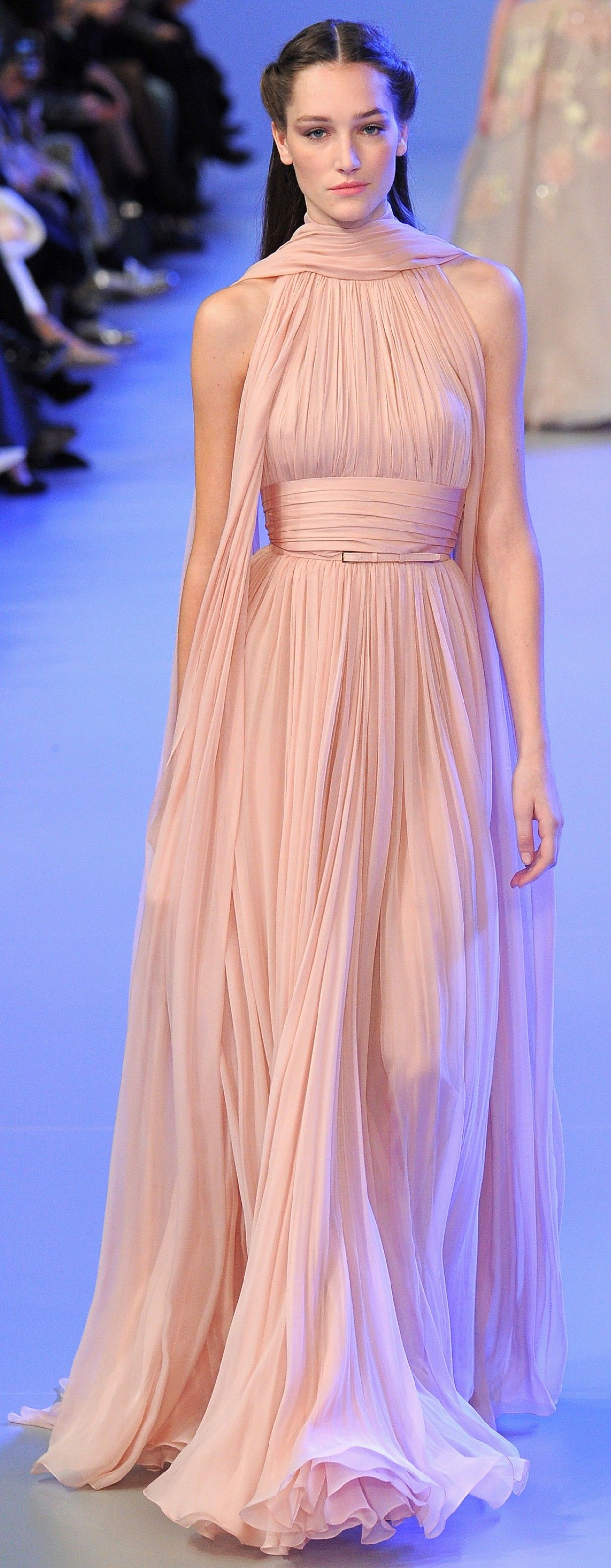 Elie Saab Spring 2011 Couture Fashion Show   Elie saab, Couture y ...