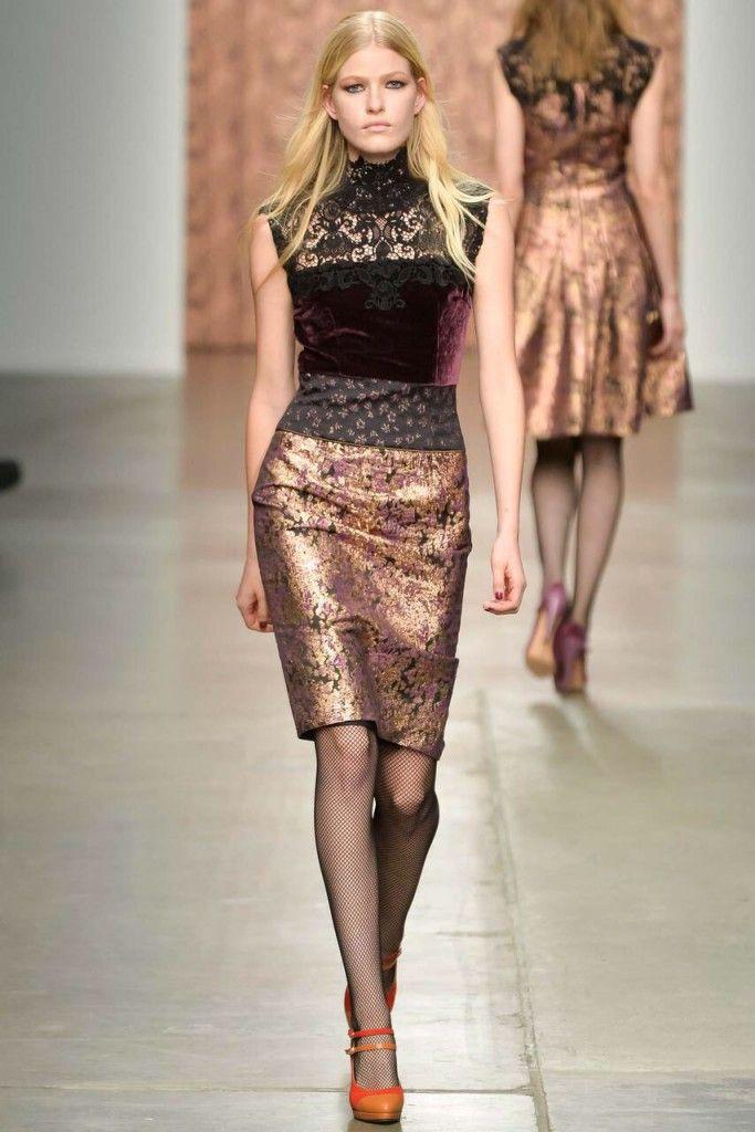 Sophie Theallet Fall 2015 #sophietheallet   #fall2015   #fashion   http://www.bliqx.net/sophie-theallet-fall-2015/