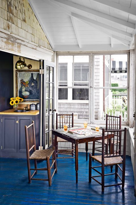 Nautical tiny house decorating ideas dining area also this harborside is full of neat rh pinterest