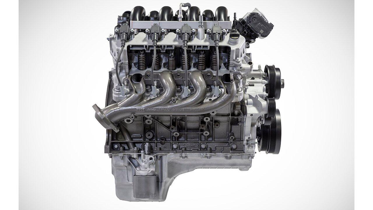 Ford S Godzilla V8 Claims Heavy Duty Truck Power Crown In 2020 Godzilla Heavy Duty Truck Ford