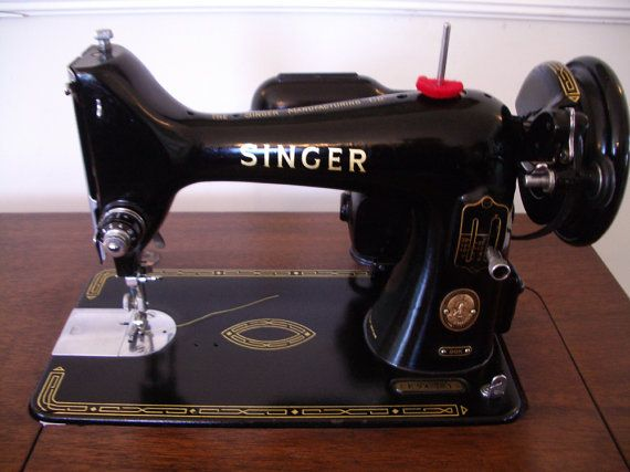 Singer 40K Sewing Machine And Cabinet Set 40 Sewing Machines Beauteous 1st Electric Sewing Machine