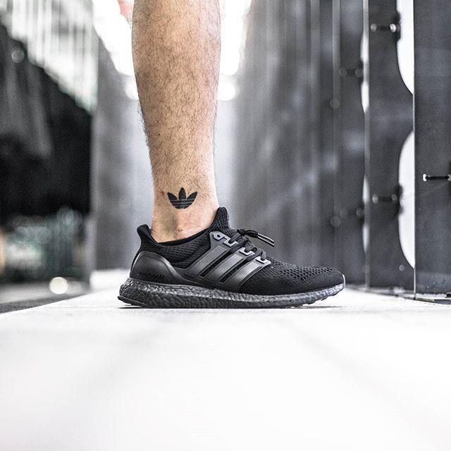 Sneakers, Adidas ultra boost, Triple black