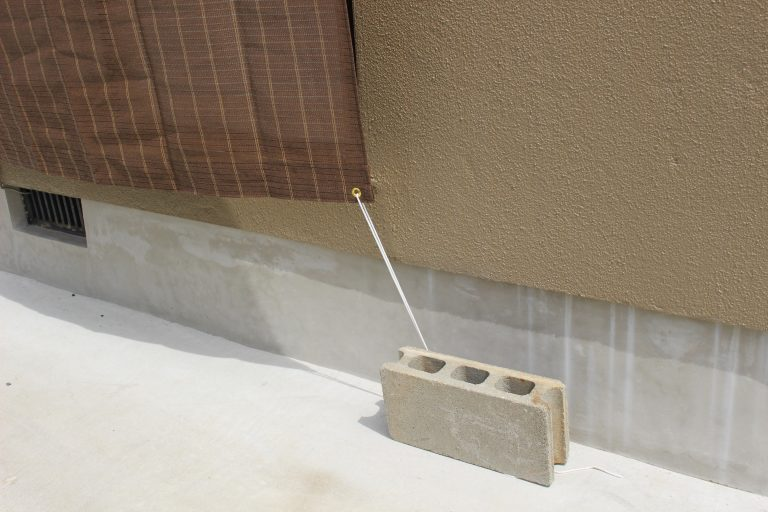 サンシェードの取り付け金具どうする 外壁を守る賃貸でもokな方法 賃貸 サン 金具