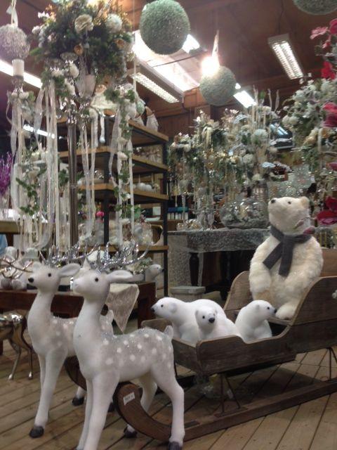 Decoraci n navide a espectaculares figuras navide as para decorar tu escaparate comunidad de - Figuras navidenas para decorar ...