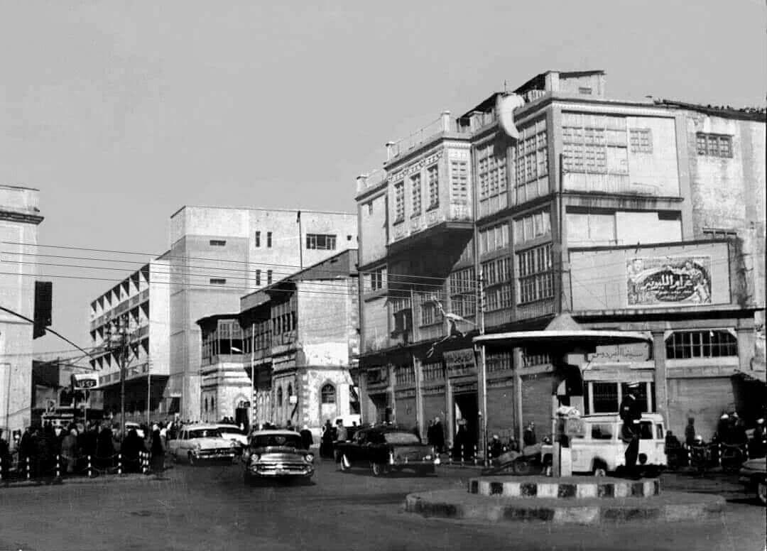 سينما الملك غازي او الفردوس في باب الطوب الموصل Scenes Street View Street