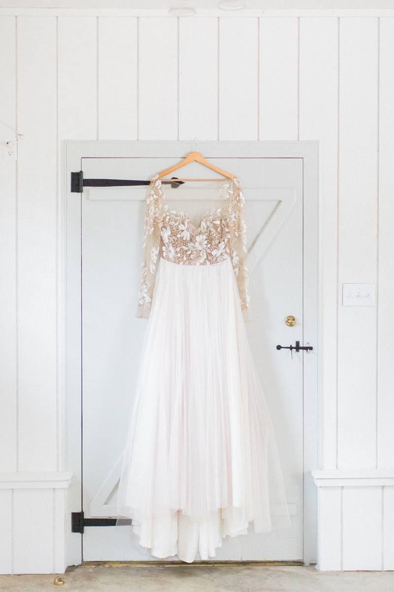 A Savoir Faire Styled Shoot Bridal LooksBridal BoutiqueWedding DressesHayley PaigeWedding