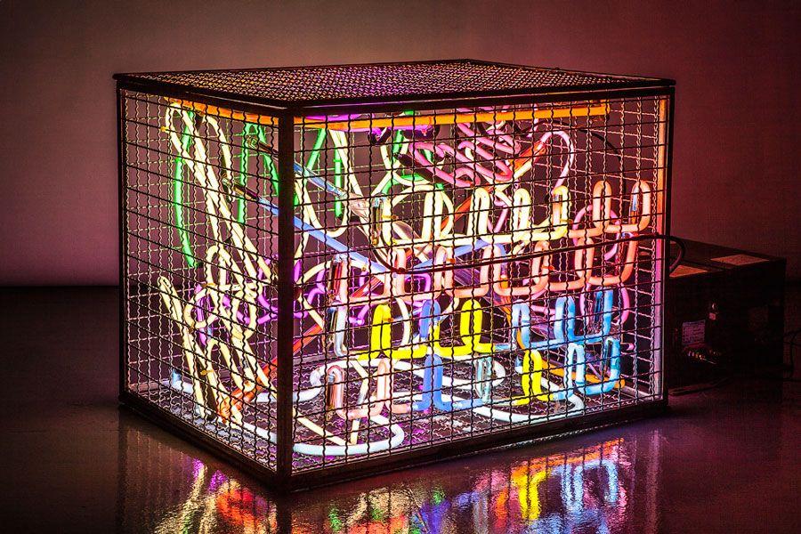 The Neon Traffic Dealer #alejordao #escultura #brazilsa2015  #milan #milao #milano #designweek