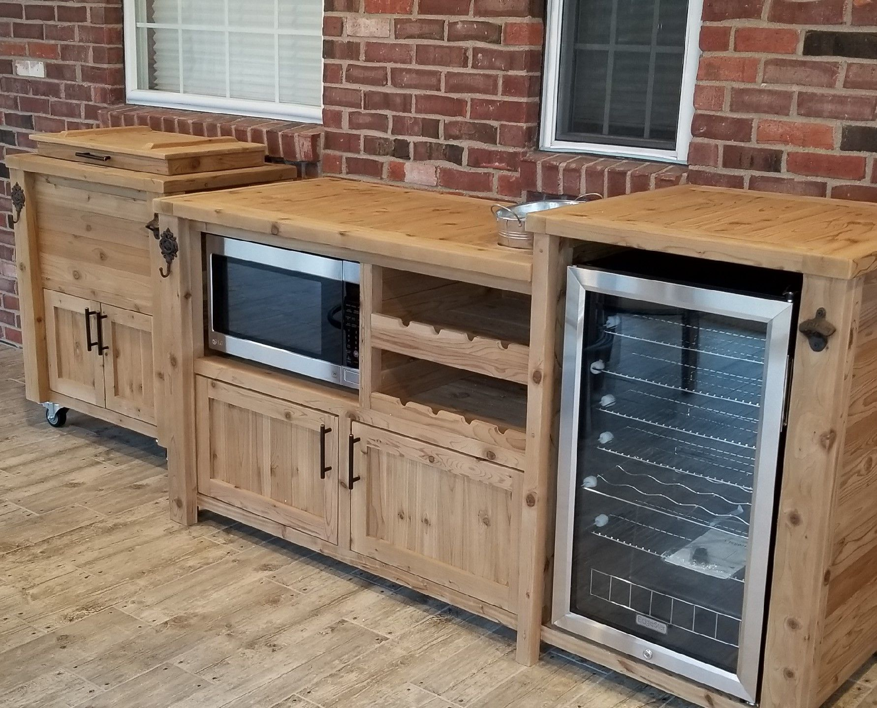 Outdoor Wine Bar And Rolling Cooler Cart Scheduled Via Http Www