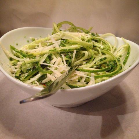Mine matskriblerier: Squashpasta med pistasje- og ruccolapesto