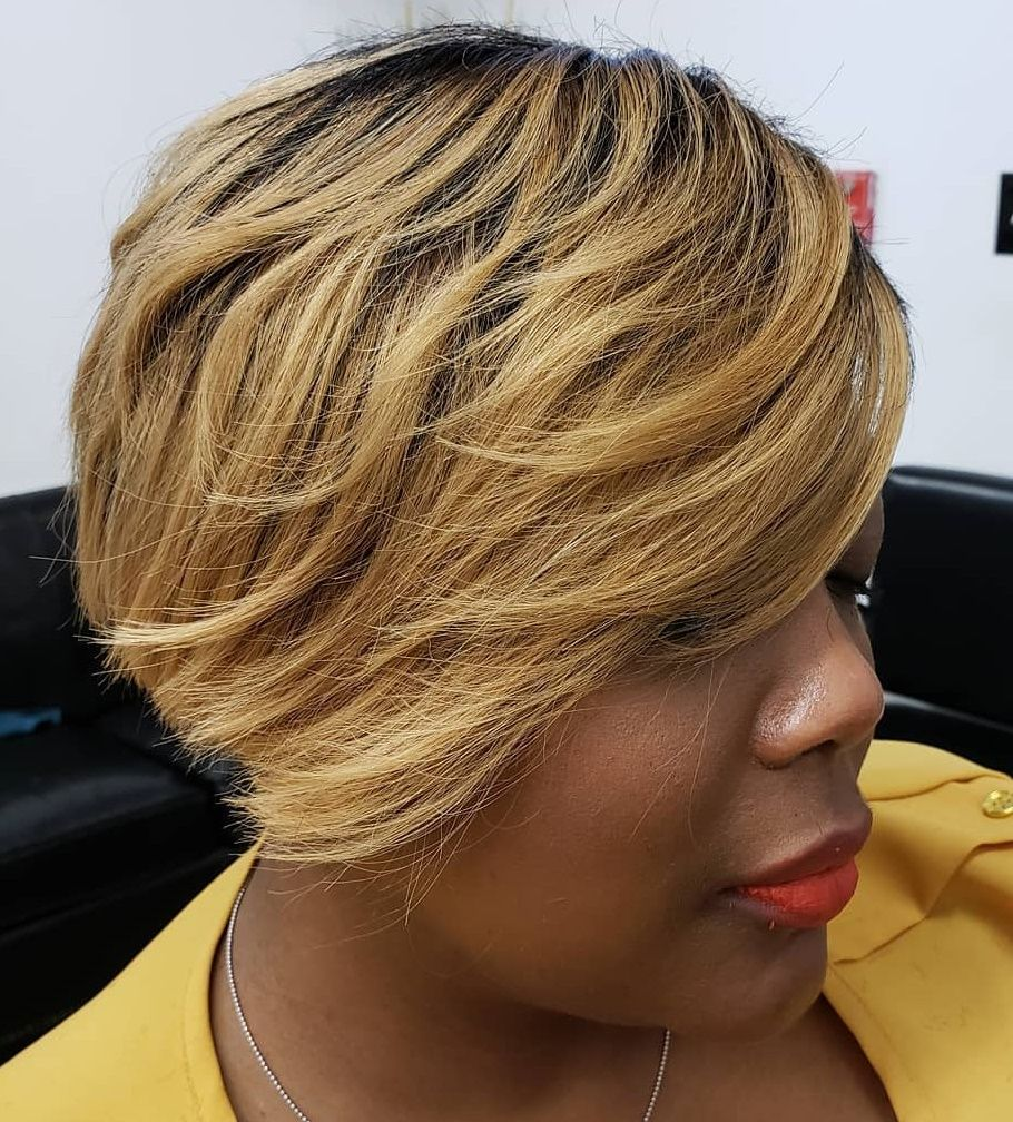 Pin by Miche on Naturally Hairy! in 2020 | Short layered ...