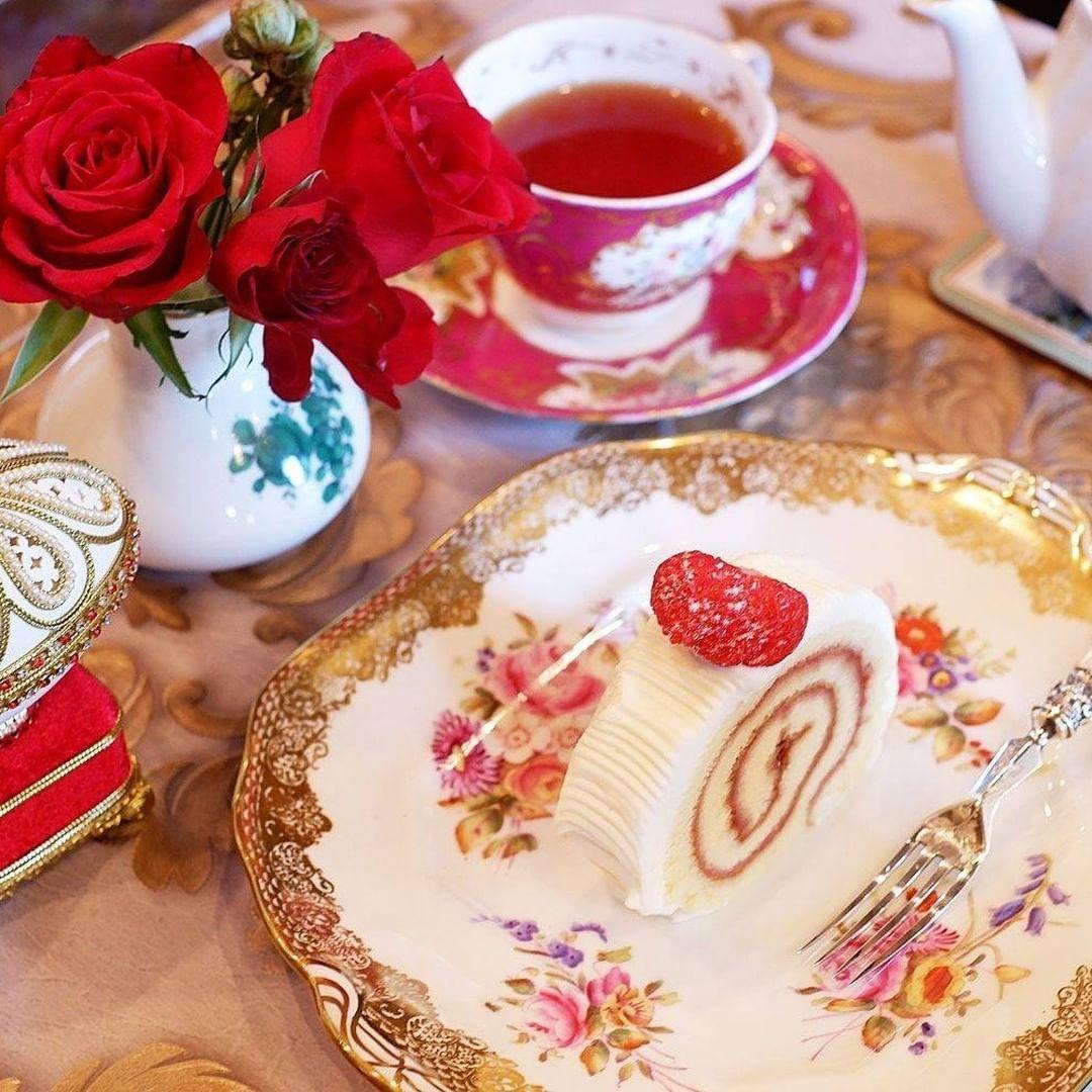 おしゃれな壁紙背景 おしゃれまとめの人気アイデア Pinterest まーちゃ お茶会 紅茶 食器