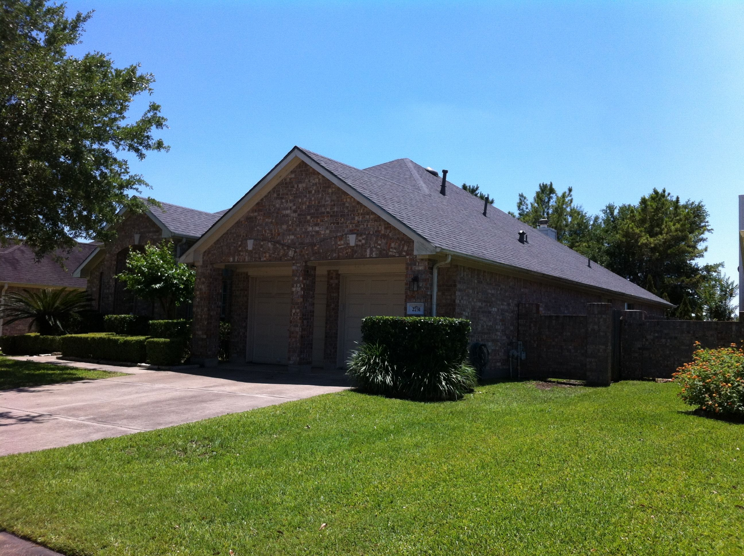 Completed Roof Replacement In Pearland Tx Shingle Used