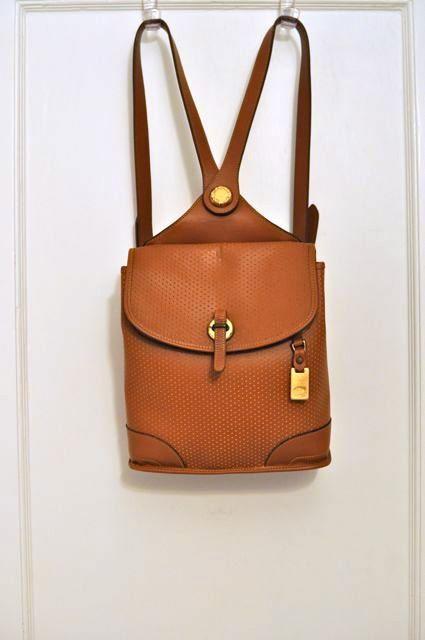 Vintage Dooney \u0026 Bourke British Tan Perforated by