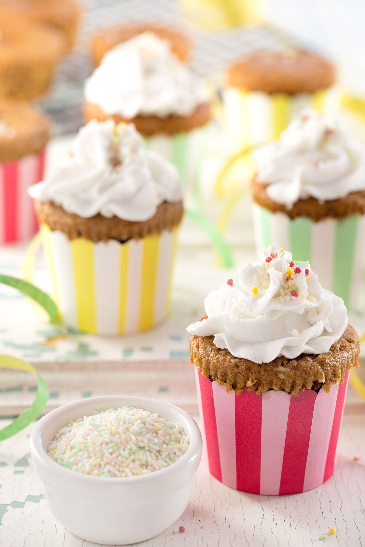 cupcakes di carnevale vegan senza glutine alla vaniglia | vegan glutenfree funfetti cupcakes #healthy #light #vanilla #vegan #glutenfree