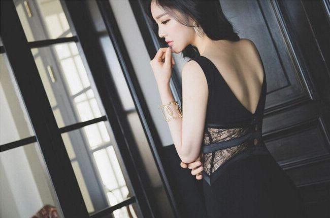 性感女神深V露背高开叉蕾丝拼接弹力包臀连衣裙