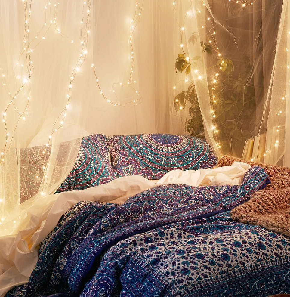 5 Ways to Make Your Dorm Feel More at Home | Starry string lights ...