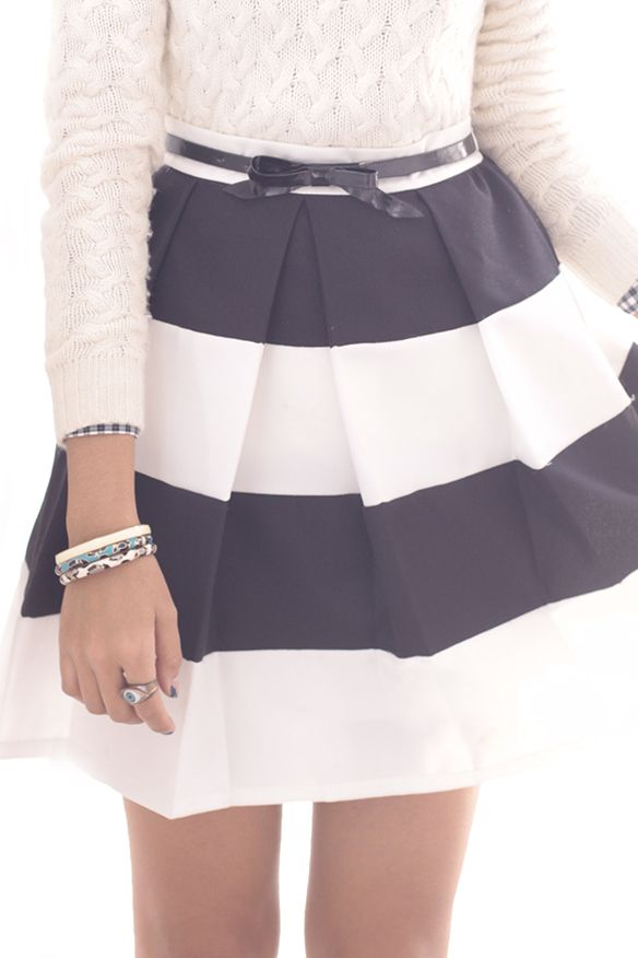 Black n white skirt preppy style | Fashion | Pinterest | Cable ...