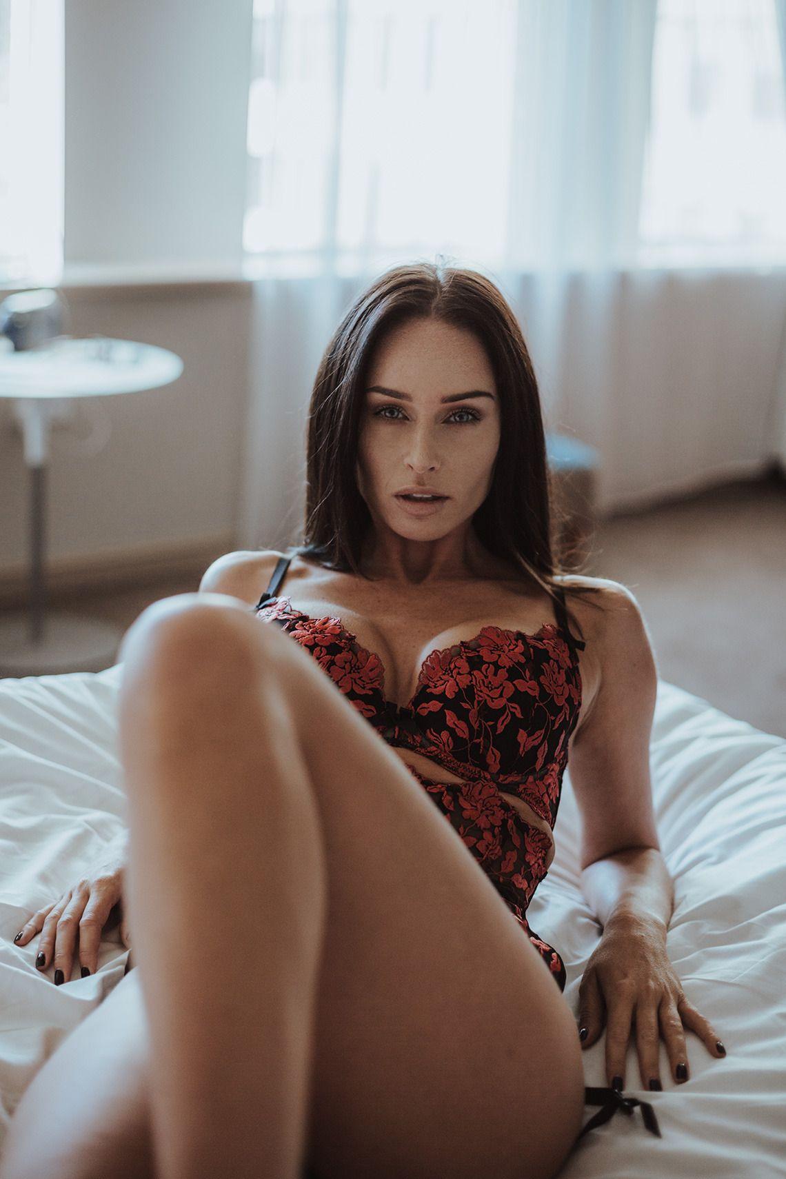 Hannah murray britain detroit premiere in london uk,Bring on the Brits! Nude Celebs Forum Porno pics & movies Danielle Lloyd Sexy - 67 Photos,Ines garcia see through