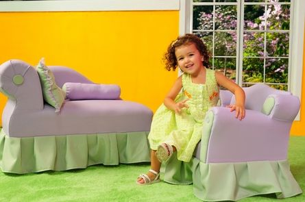 princess child chaise. comes in pink too!