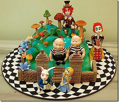Cake Art Wonderland : Alice in Wonderland Cake: Tim Burton Style Tim burton ...