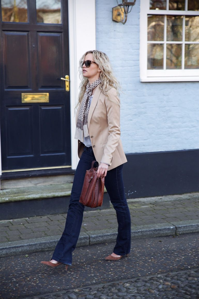 70's revival   Embrace paisley and flared jeans - Anouk Yve   Creators of Desire - Fashion trends and style inspiration by leading fashion bloggers