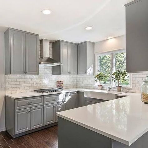 36 Soft Grey Cabinet Design Ideas For Your Kitchen | Grey kitchen ...