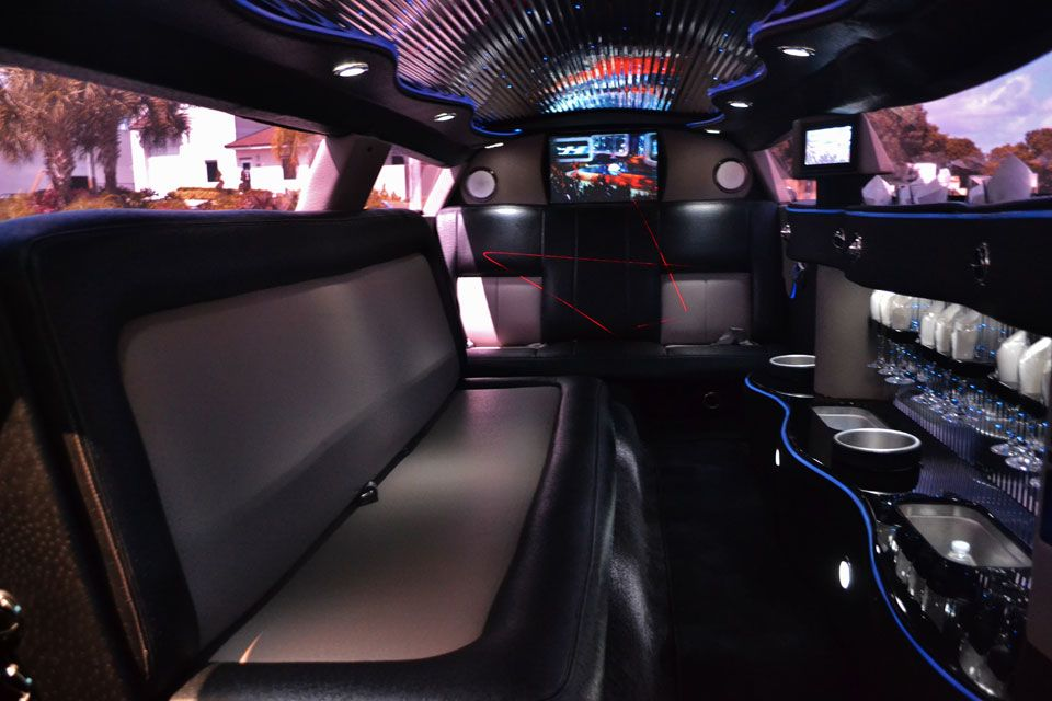 Interior Of Price4limo Bentley Inspired Chrysler 300 Limo With