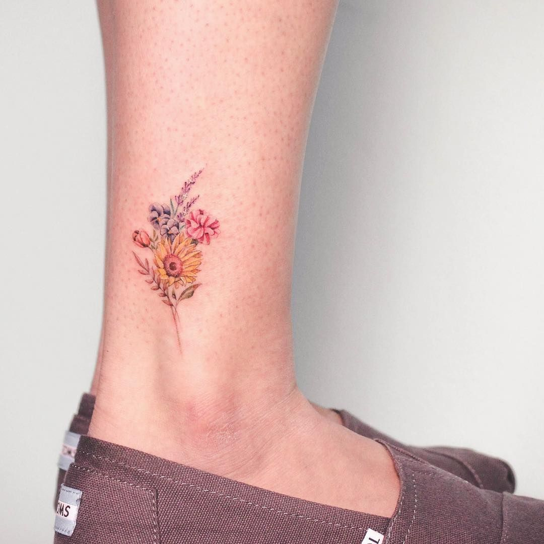 Celebrate The Beauty Of Nature With These Inspirational Sunflower Tattoos Kickass Things Sunflower Tattoo Small Small Tattoos Watercolor Sunflower Tattoo